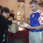 Náš kamarád naděluje dárečky